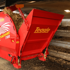 Tomahawk 7100 Feeder/Bedder 06